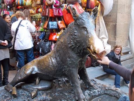 Porcellino 460x345 Pide un deseo al Porcellino de Florencia