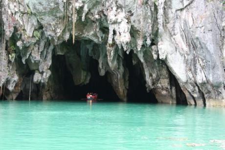 Puerto Princesa río subterráneo 460x306 El río subterráneo de Puerto Princesa