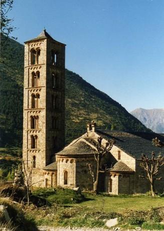 Sant Climent de Taüll 327x460 Las iglesias románicas del Valle de Boí