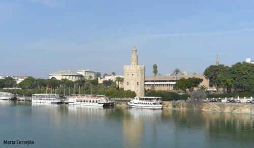 Sevilla tore del oro La Torre del Oro de Sevilla