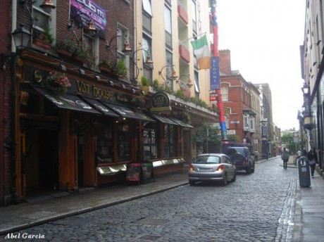 Temple Bar 1 460x344 Temple Bar, el barrio más emblemático de Dublín