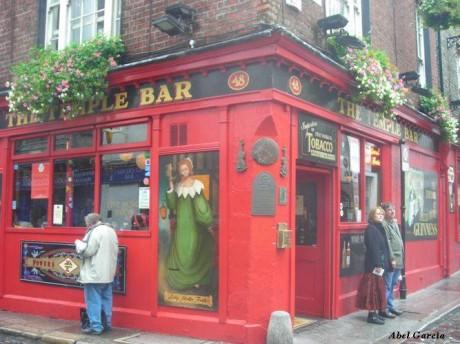 Temple Bar 2 460x344 Temple Bar, el barrio más emblemático de Dublín