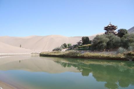 Yueyaquan 460x305 Yueyaquan, un oasis chino
