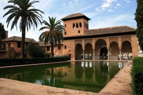 alah 460x306 Siempre es buen momento para visitar La Alhambra