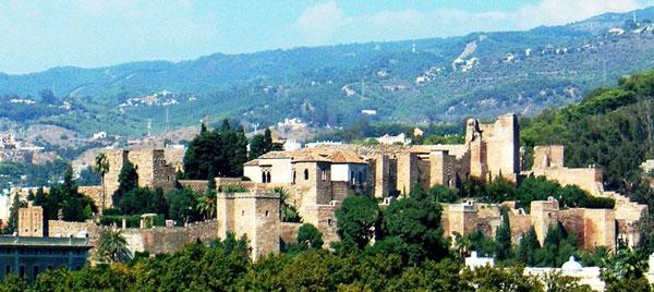 alcazaba malaga En Málaga no te pierdas la visita a la Alcazaba