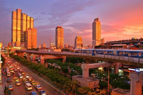 bangkok 460x306 Bangkok y su impresionante metro aéreo