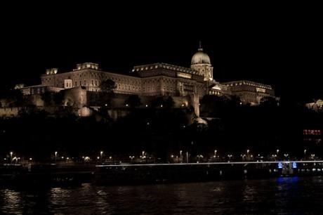 buda 460x306 El Castillo de Buda, encumbrando Budapest