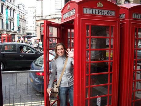 cabina de teléfono 460x345 Las cabinas de teléfono en Londres, un clásico