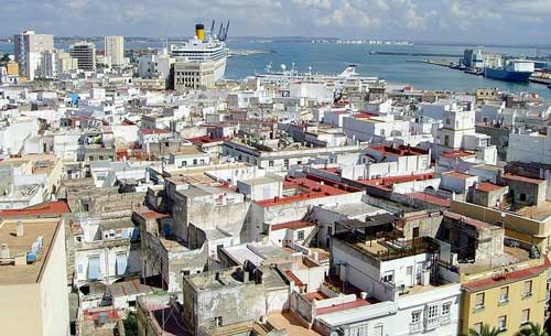 cadiz foto wikipedia Cádiz, ciudad blanca y marinera