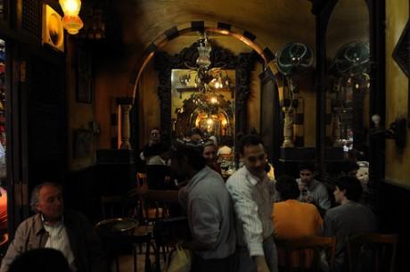 cafe1 460x305 El café de los espejos de El Cairo