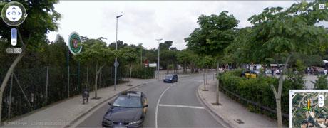 calle proxima parque guell barcelona Conocer Barcelona sin salir de casa