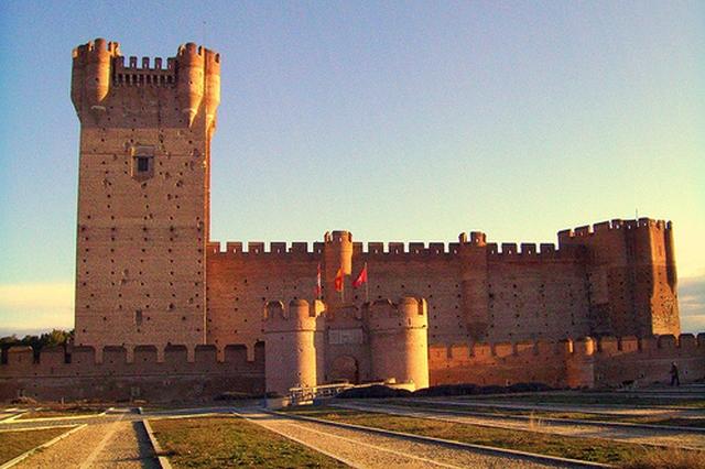 castillo de la mota El Castillo de la Mota