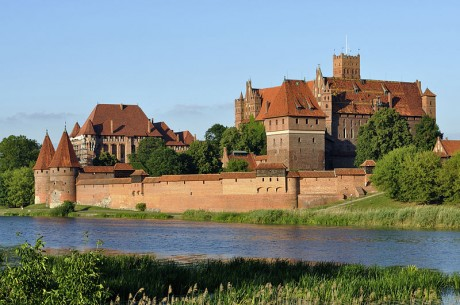castillo de malbork 460x305 El castillo de Malbork, el más grande del mundo construido en ladrillo