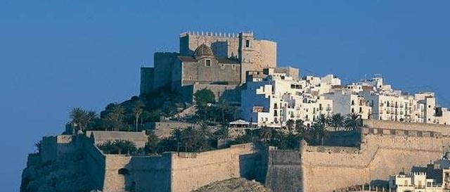 castillo de peñiscola El Castillo de Peñíscola, que fue sede pontificia