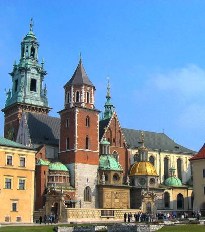 catedral 407x460 La hermosa catedral de Wawel