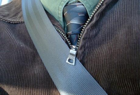 cint 460x311 Abrocharse el cinturón de seguridad correctamente