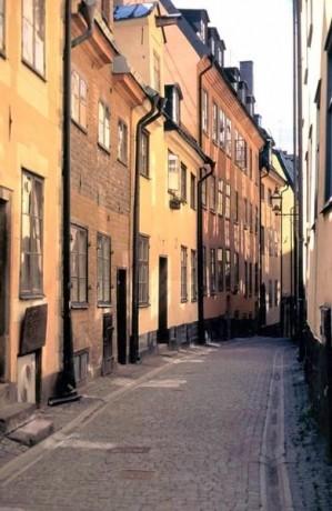 estocolmo2 299x460 El Gamla Stan, la zona más bonita de Estocolmo