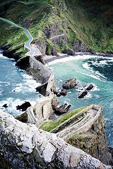 gazte2 Siente la fuerza del mar en San Juan de Gaztelugatxe