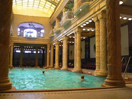 gellert 460x345 Budapest, la ciudad de los balnearios