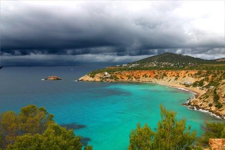 ibiza 460x306 5 lugares para perderse en Ibiza