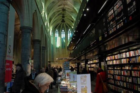 librería 460x306 Boekhandel Selexyz Dominicanen, el templo de los libros