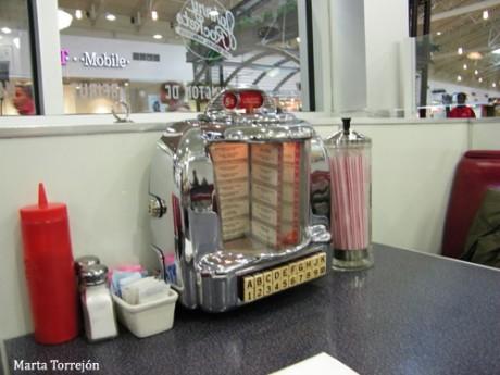 lo que se hace llamar servilletero pero no lo es 460x345 Dining, in America