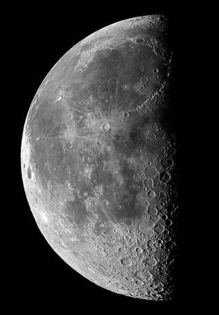 luna 321x460 Dar la vuelta a la Luna, a partir de 2017
