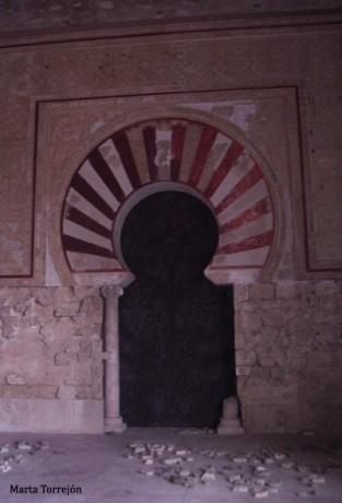 medina azahara 2 313x460 Medinat al Zahra, la ciudad de la flor de azahar