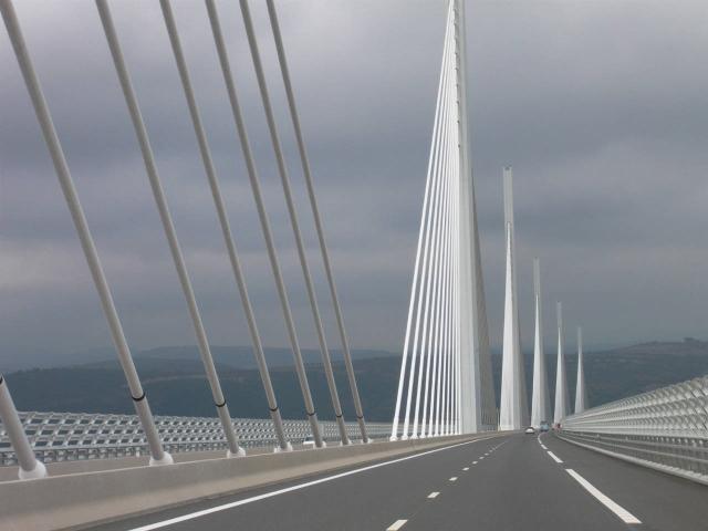 millau Sutong y MIllau, los puentes más altos del mundo