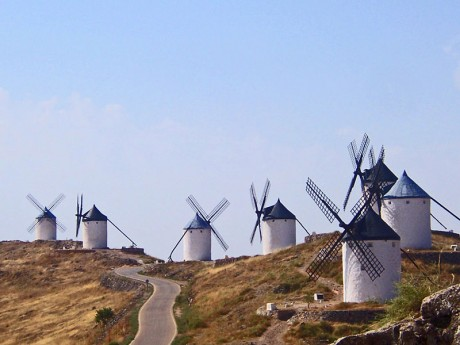 molinos 460x345 Los Molinos de viento que enloquecieron a Don Quijote