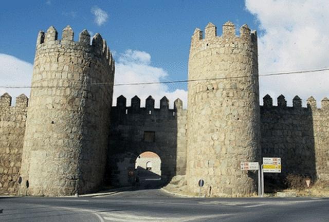 muralla avila Avila y su muralla de la Edad Media