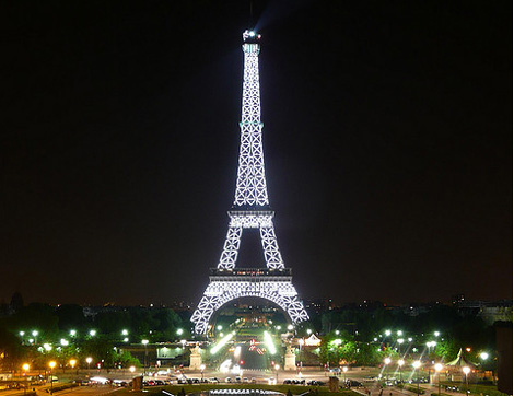 paris torre eiffel 120 Aniversario de la Torre Eiffel en París