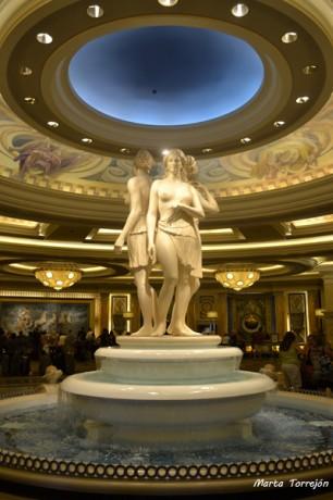recepción 306x460 Caesar Palace, vuelta al imperio romano