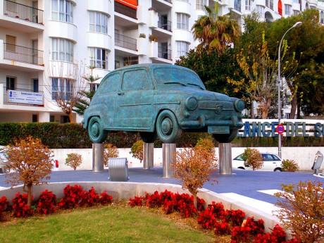 seat 460x345 El Seiscientos, coche histórico en España