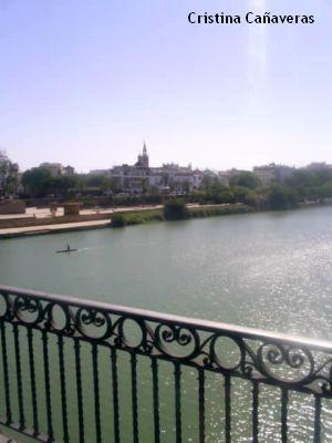 sevilla1 El romántico puente de Triana