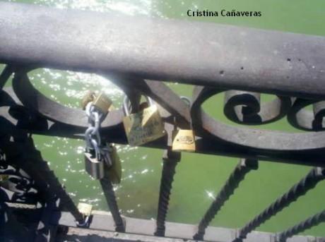 sevilla2 460x343 El romántico puente de Triana