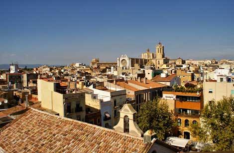 tarragona foto wikipedia Tarragona, puerto mediterráneo de luz y color