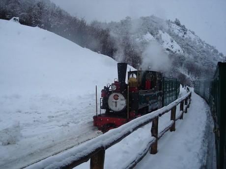 trendelfindelmundo 460x345 El Tren del Fin del Mundo, una leyenda austral