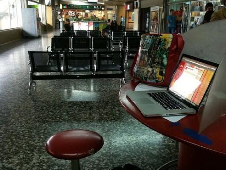 wifi 460x345 ¿WiFi gratuito en los aeropuertos?